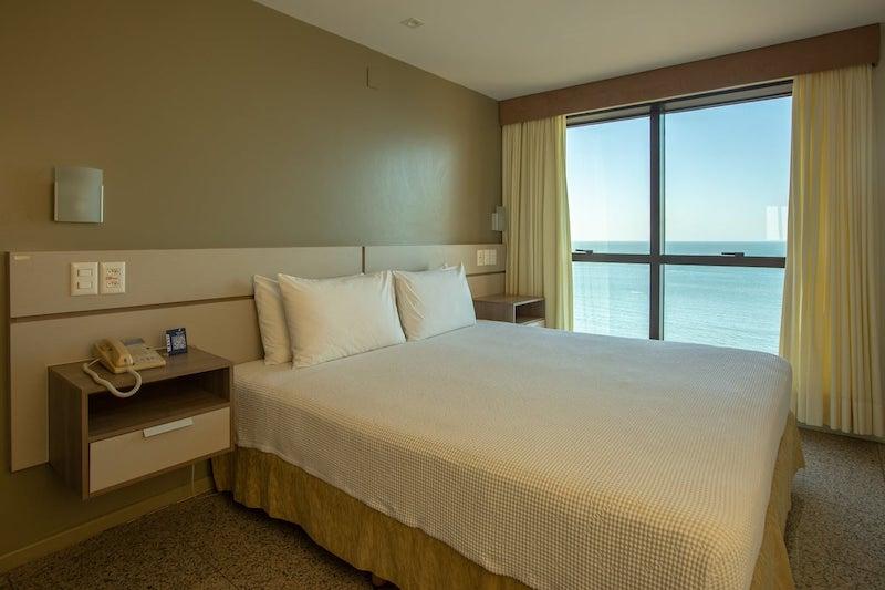 Onde ficar em Fortaleza: quarto de hotel
